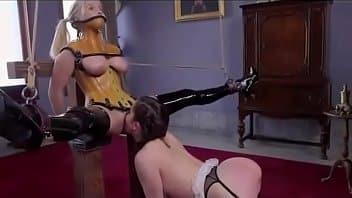 Profitez d'un trio BDSM hardcore