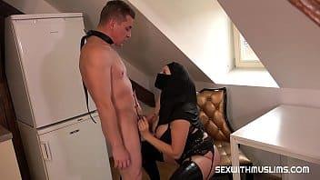 Qui veut devenir son esclave ?