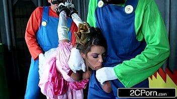 J'adore quand ma femme se déguise en princesse