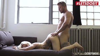 Aborder le thème de lindustrie du porno sans tomber dans le montrage de Une descente aux enfers bien filmée et surtout portée par un excellent casting.