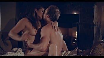 Dani Daniels passe une nuit sensuelle et érotique avec son partenaire et prêteur sur gages